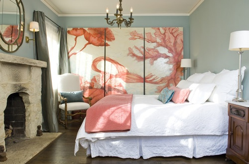 Gentil Your Eye Canu0027t Help But Be Drawn To The Bold Coral And Cream Art Piece That  Is Framed So Well By The Soft Teal Walls